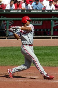 Abreu batting for the Phillies in 2004. Photo: Rdikeman at the English language Wikipedia